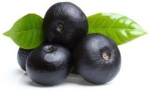 owoce jagody acai 300x182 Acai Berries   opiniones sobre el suplemento natural para Weight Loss